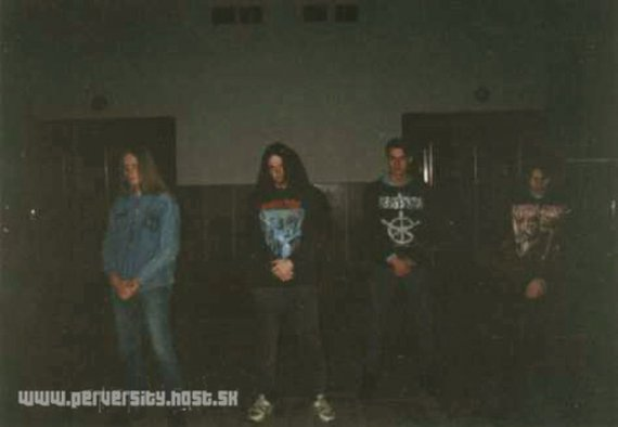 1995-first line-up